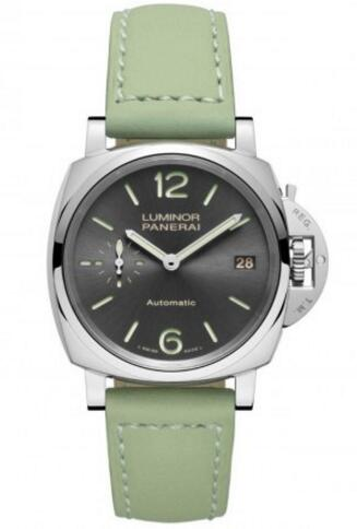 For this replica Panerai watch, that gives people a refreshing feeling, with sun-brushed pattern decorating the round black dial, also setting with luminous scale and pointers, matching the light green leather strap, so delicate.