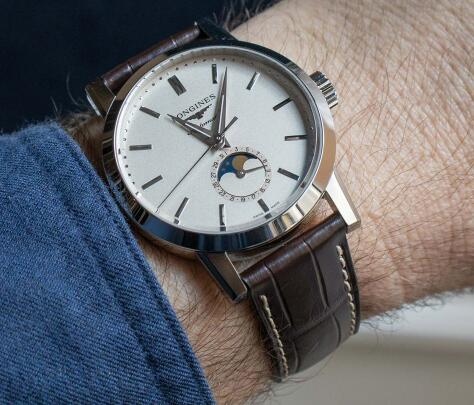 This Longines moon phase watch looks similar to Patek Philippe.