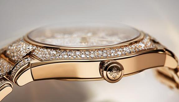 The Patek Philippe is really a good choice for modern women.
