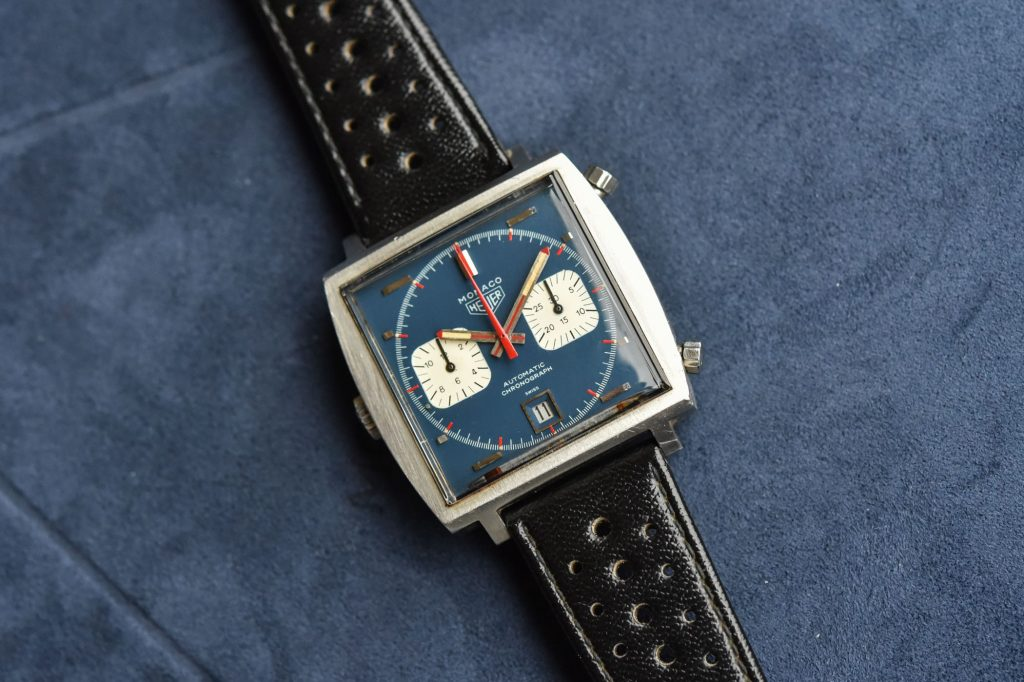 The white subdials are striking on the blue dial of fake TAG Heuer.