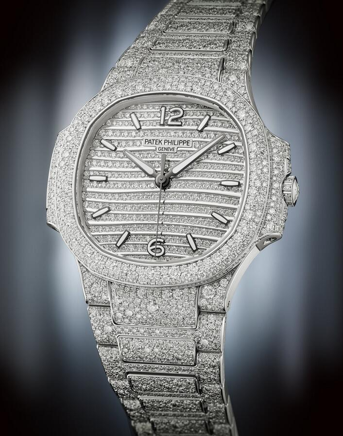 1:1 imitation watches ensure dazzling luster with diamonds.